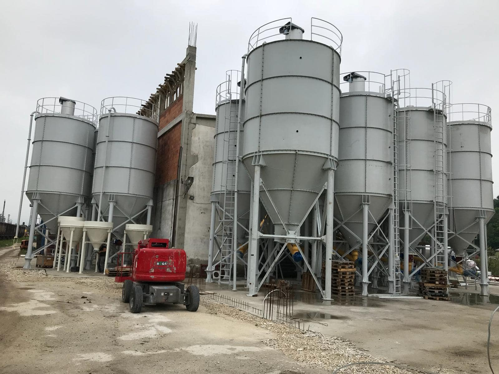 Yapı kimyasalları tesisi 20-50 ton/s